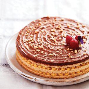 Meringue-Nut Layer Cake (Le Succès)